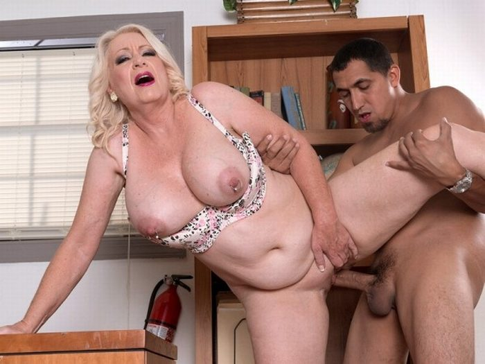 Angelique milfs 60 plus